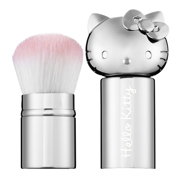 Hello-Kitty-Retractable-Kabuki-Brush-in-Silver
