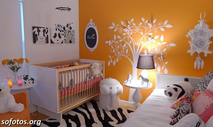 quartos-de-bebe-laranja-e-branco-43
