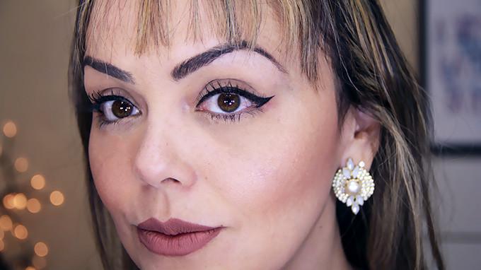 eyeliner-grandio%cc%82se
